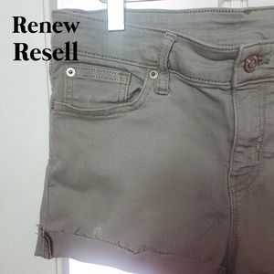Gap Light Gray Stretch Denim Cut-off Jean Shorts